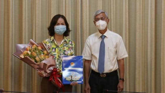 Ông Lê Hồng Sơn đến nhận công tác tại Thành ủy TPHCM ảnh 2