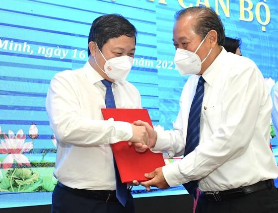 Đồng chí Nguyễn Thành Phong được Thủ tướng phê chuẩn chức vụ Chủ tịch UBND TPHCM, nhiệm kỳ 2021-2026 ảnh 6