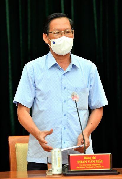 Phó Bí thư Thường trực Thành ủy TPHCM Phan Văn Mãi: Quyết liệt giãn cách, nhưng cũng chuẩn bị tâm thế cho tình huống xấu hơn ảnh 1
