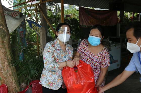 Chủ tịch HĐND TPHCM Nguyễn Thị Lệ biểu dương người dân đã giữ được 'vùng xanh' ảnh 4