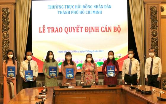Đồng chí Đỗ Thị Minh Quân giữ chức vụ Chánh Văn phòng Đoàn ĐBQH và HĐND TPHCM ảnh 3