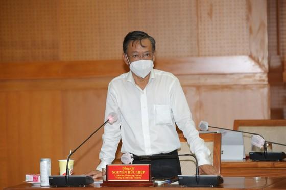 Phó Bí thư Thành ủy TPHCM Nguyễn Hồ Hải: TPHCM chăm lo cho người dân, không phân biệt hộ khẩu ảnh 4