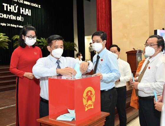 Đồng chí Phan Văn Mãi được bầu giữ chức vụ Chủ tịch UBND TPHCM ảnh 3