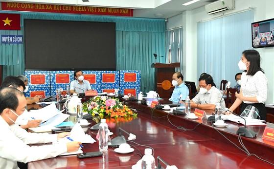 Đồng chí Nguyễn Văn Nên: Huyện Củ Chi và quận 7 là hai mũi đột phá để thí điểm kịch bản 'bình thường mới' cho TPHCM  ảnh 2