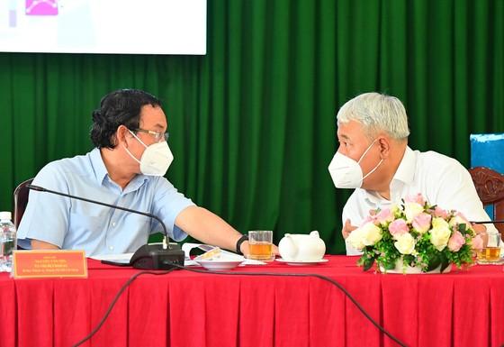 Bí thư Thành ủy TPHCM Nguyễn Văn Nên: TP cần mở cửa từng bước, mở tới đâu quản lý được tới đó ảnh 1