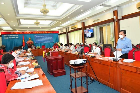 Đoàn Đại biểu Quốc hội TPHCM dành 2 buổi tiếp xúc cử tri là y bác sĩ và doanh nhân ảnh 1