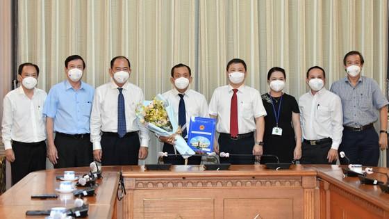 Tiến sĩ, Bác sĩ Nguyễn Anh Dũng giữ chức vụ Phó Giám đốc Sở Y tế TPHCM ảnh 1