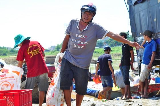 Đã có hơn 1.500 tấn cá bè trên sông La Ngà bị chết ảnh 4