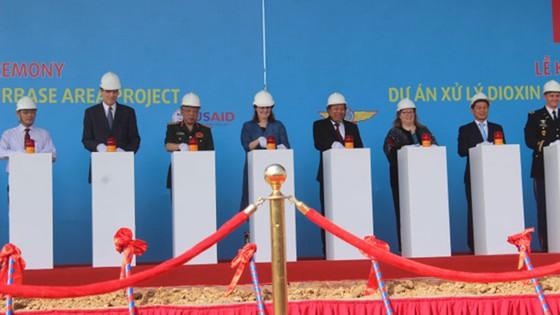 Khởi công dự án hơn 390 triệu USD nhằm xử lý chất độc dioxin tại sân bay Biên Hòa  ảnh 1