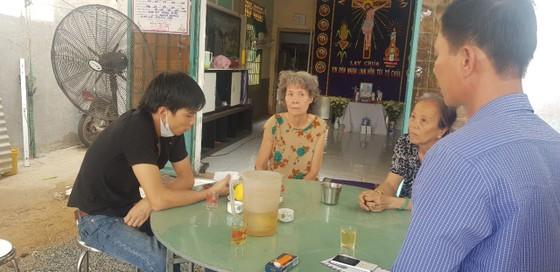 Thăm, tặng quà các nạn nhân và thân nhân vụ sập tường làm 10 người chết ở Đồng Nai ảnh 3