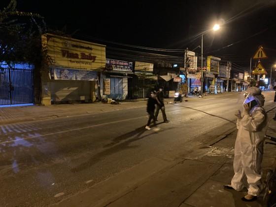 Một phụ nữ dương tính với SARS-CoV-2, Đồng Nai họp khẩn trong đêm ảnh 2