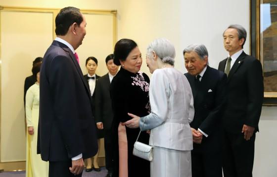 Nhà vua Nhật Bản và Hoàng hậu tham dự tiệc chiêu đãi của Việt Nam ảnh 2