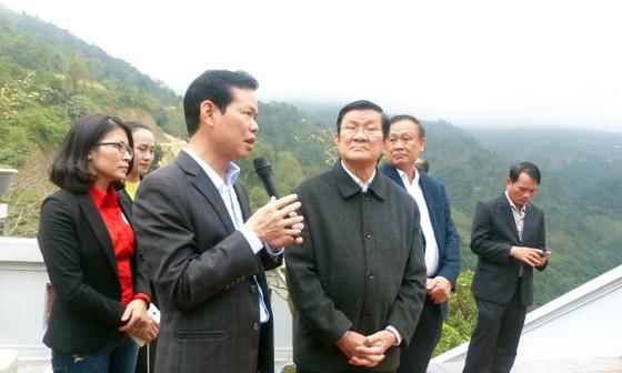 Nguyên Chủ tịch nước Trương Tấn Sang tưởng niệm, tri ân các anh hùng, liệt sĩ tại Vị Xuyên ảnh 7