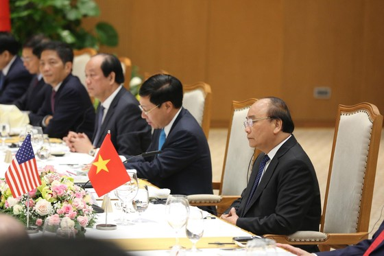 Thủ tướng Nguyễn Xuân Phúc hội kiến Tổng thống Donald Trump ảnh 10