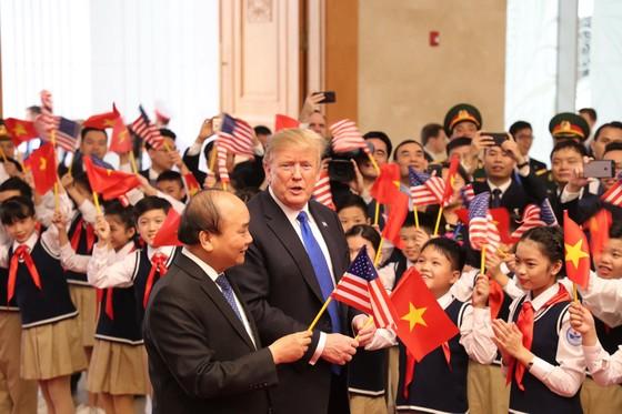 Thủ tướng Nguyễn Xuân Phúc hội kiến Tổng thống Donald Trump ảnh 6