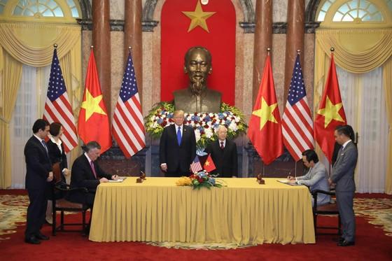 Tổng Bí thư, Chủ tịch nước Nguyễn Phú Trọng tiếp Tổng thống Donald Trump ảnh 9