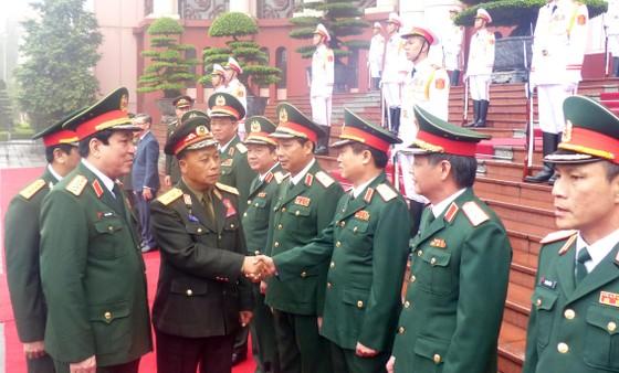Quan hệ hợp tác quân đội là trụ cột trong quan hệ hợp tác toàn diện hai nước Việt - Lào ảnh 3
