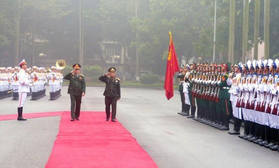 Quan hệ hợp tác quân đội là trụ cột trong quan hệ hợp tác toàn diện hai nước Việt - Lào ảnh 2