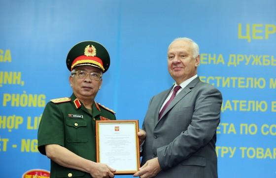 Tổng thống Putin tặng Thượng tướng Nguyễn Chí Vịnh Huân chương Hữu nghị của Liên bang Nga ảnh 1
