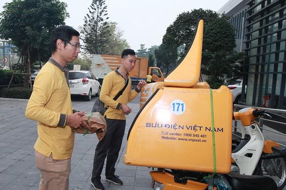 Bắt đầu chuyển phát 18.000 vé trận Việt Nam - Malaysia đến tay người hâm mộ ảnh 2