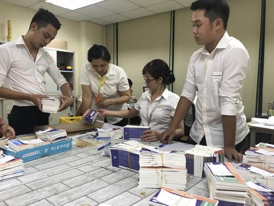 Bắt đầu chuyển phát 18.000 vé trận Việt Nam - Malaysia đến tay người hâm mộ ảnh 1
