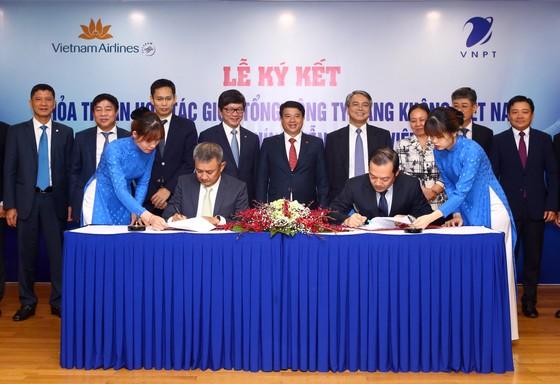 VNPT và Vietnam Airlines hợp tác chiến lược để khai thác tiềm năng, thế mạnh mỗi bên ảnh 1