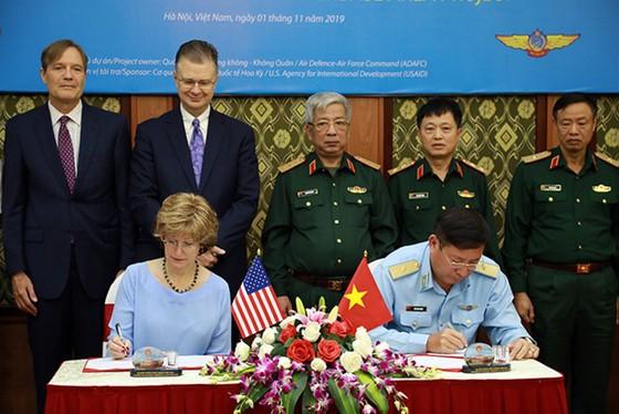 Hợp tác khắc phục hậu quả chiến tranh là điểm sáng trong quan hệ Việt Nam - Hoa Kỳ ảnh 2
