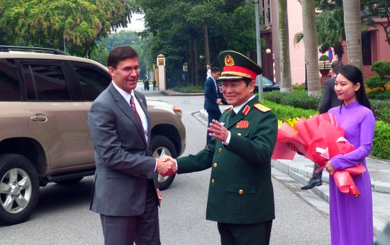 Hợp tác quốc phòng Việt Nam - Hoa Kỳ đang phát triển tích cực, đạt hiệu quả thiết thực ảnh 1