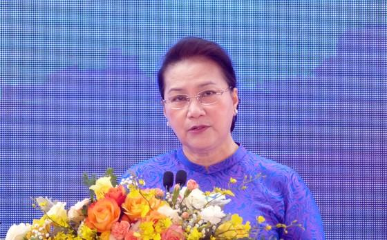 Chủ tịch Quốc hội: Khu CNC Hòa Lạc phải trở thành trung tâm phát triển công nghệ của đất nước ảnh 6