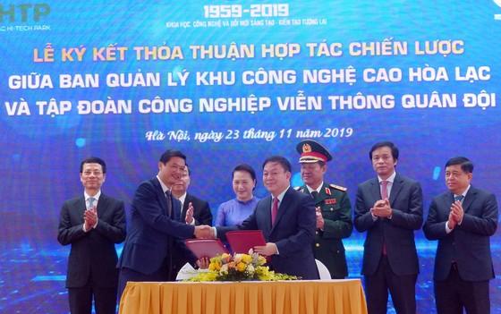 Chủ tịch Quốc hội: Khu CNC Hòa Lạc phải trở thành trung tâm phát triển công nghệ của đất nước ảnh 4