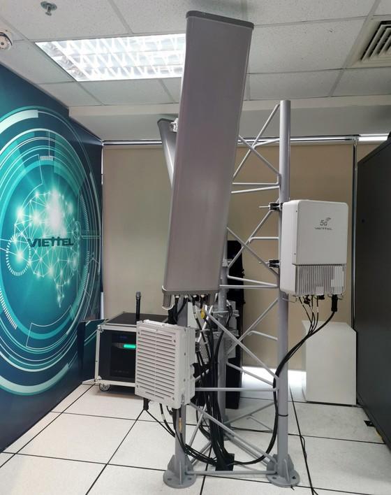 """Cuộc gọi video đầu tiên trên thiết bị mạng 5G """"Make in Vietnam - Made by Viettel"""" ảnh 2"""
