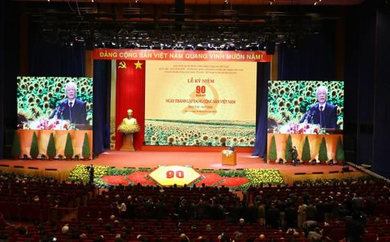 Mít tinh trọng thể kỷ niệm 90 năm Ngày thành lập Đảng Cộng sản Việt Nam ảnh 5