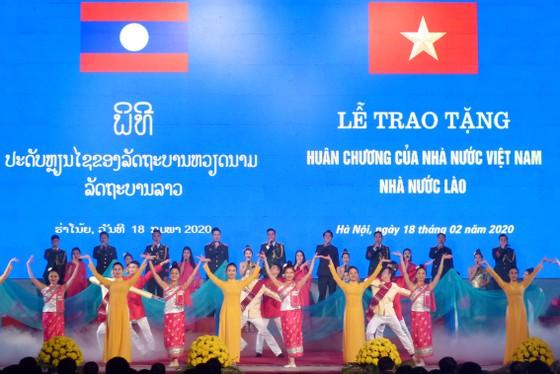 Khẳng định mối quan hệ hữu nghị vĩ đại Việt - Lào 'rắn hơn thép, vững như đồng' ảnh 1