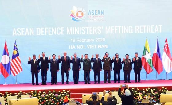 Tăng cường hợp tác chiến lược về quốc phòng - an ninh trong khối ASEAN ảnh 1