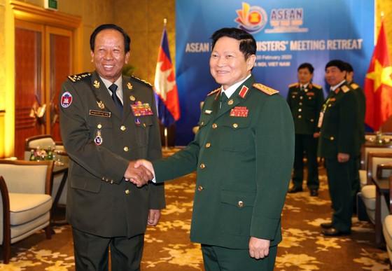 Tăng cường hợp tác chiến lược về quốc phòng - an ninh trong khối ASEAN ảnh 5