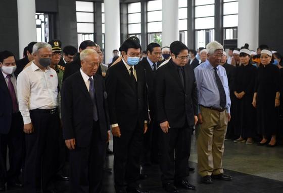Cử hành trọng thể lễ tang nguyên Phó trưởng Ban Tổ chức Trung ương Nguyễn Đình Hương ảnh 3