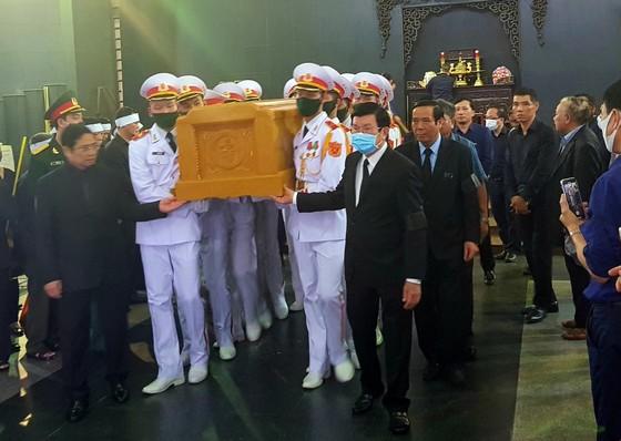 Cử hành trọng thể lễ tang nguyên Phó trưởng Ban Tổ chức Trung ương Nguyễn Đình Hương ảnh 6