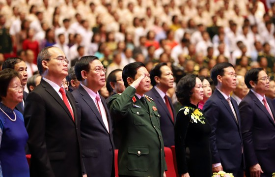 Tổ chức trọng thể Lễ kỷ niệm 130 năm Ngày sinh Chủ tịch Hồ Chí Minh ảnh 9