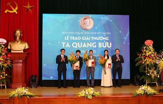 Tôn vinh những nhà khoa học Việt Nam ảnh 2