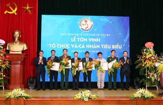Tôn vinh những nhà khoa học Việt Nam ảnh 3