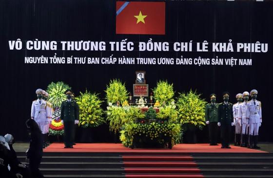 Cử hành trọng thể Quốc tang nguyên Tổng Bí thư Lê Khả Phiêu ảnh 26
