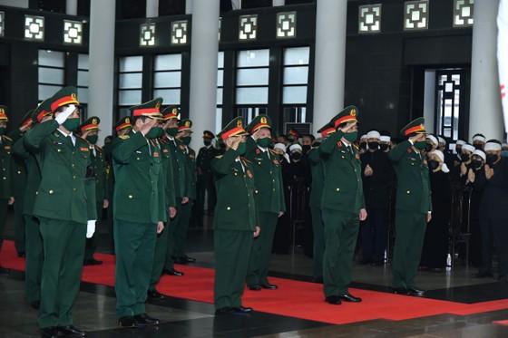 Cử hành trọng thể Quốc tang nguyên Tổng Bí thư Lê Khả Phiêu ảnh 11
