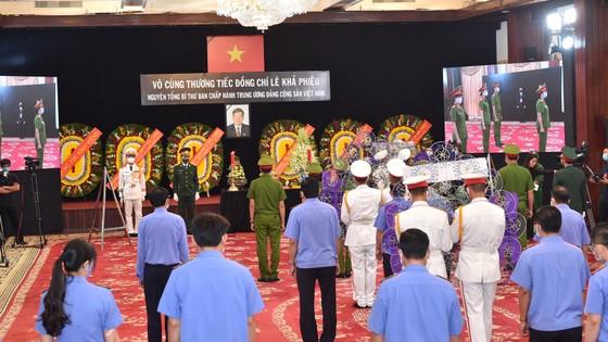 Cử hành trọng thể Quốc tang nguyên Tổng Bí thư Lê Khả Phiêu ảnh 34