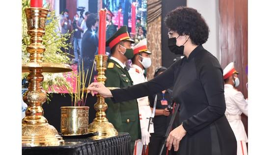 Cử hành trọng thể Quốc tang nguyên Tổng Bí thư Lê Khả Phiêu ảnh 41