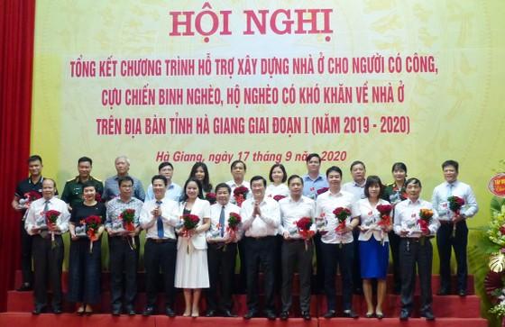 Gần 4.000 căn nhà mới cho người có công, cựu chiến binh, hộ nghèo ở tỉnh Hà Giang ảnh 6