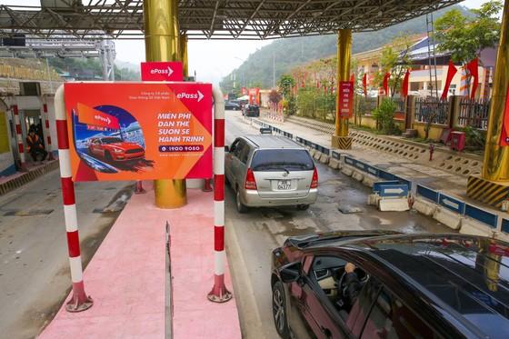 Chính thức vận hành hệ thống thu phí đường bộ không dừng ePass ảnh 2