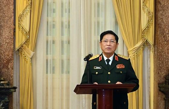 Trao Quyết định thăng quân hàm từ Trung tướng lên Thượng tướng cho 2 Thứ trưởng Bộ Quốc phòng ảnh 2