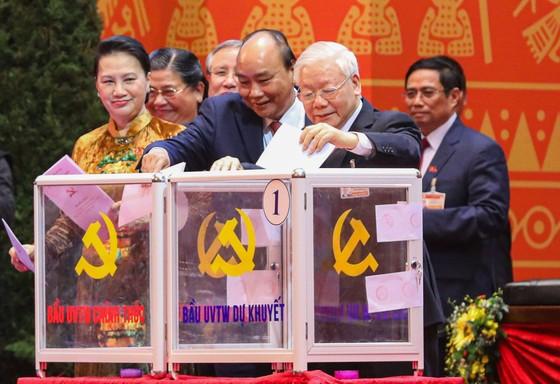 Đại hội XIII của Đảng tiến hành bầu Ban Chấp hành Trung ương khóa XIII ảnh 2