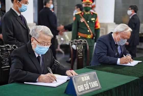 Lễ viếng nguyên Phó Thủ tướng Trương Vĩnh Trọng tại Bến Tre và Hà Nội ảnh 13