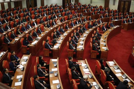 Thông qua nhân sự ứng cử Chủ tịch nước, Thủ tướng Chính phủ và Chủ tịch Quốc hội ảnh 1
